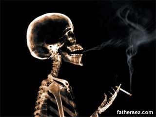 Anak Gadis Merokok, Bisa Jadi Ini Penyebabnya