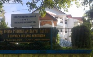Gedung DPRD Bolmong yang berada di Jalan Paloko Kinalang