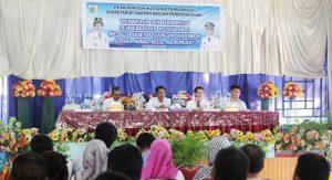 Sekkot Tahlis Gallang saat membuka kegiatan pembinaan UMKM