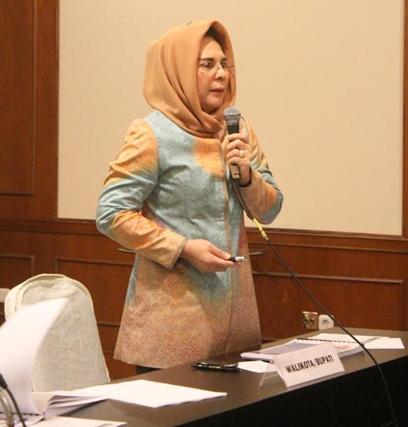 Wali Kota Presentasikan Soal Pengelolaan Lingkungan Hidup