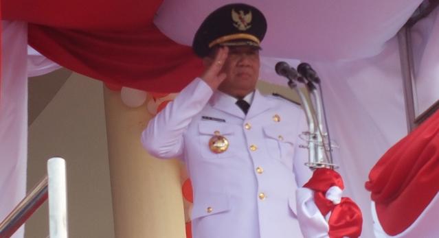 Pj Bupati Jadi Irup Upacara Penurunan Bendera