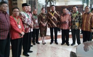 Foto Pj Bupati saat menghadiri Rakornas TPID VII 2016 di Jakarta Bersama Bupati, Walikota se sulut (03)