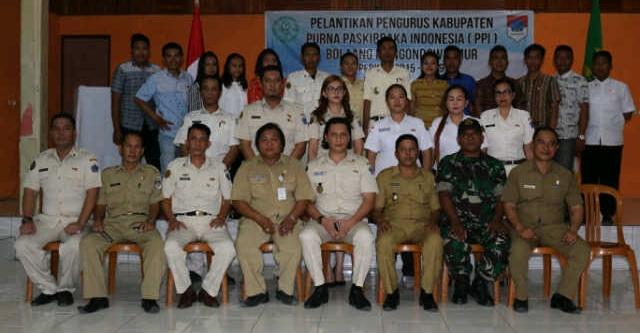 Foto bersama Pengurus PPI dengan Wakil Bupati Boltim Rusdi Gumalangit