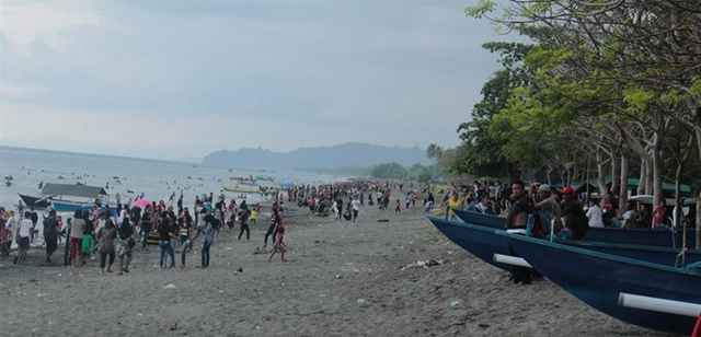 Pantai Bungin Jadi Pilihan Weekend di Bolmong