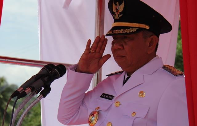 PJ Bupati Bolmong Adrianus Nixon Watung saat menjadi Irup di Upacara HUT ke 71 RI