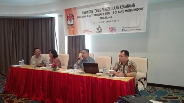 KPU Bolmong Hadirkan Pemateri Terkait Pengelolaaan Keuangan