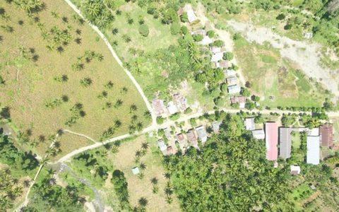 Desa Mengkang saat difoto dari atas udara