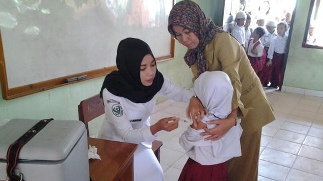 Dinkes Kotamobagu Imunisasi Campak Ribuan Siswa SD