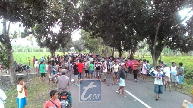 Protes warga Tiberias Kecamatan Poigar terhadap keberadaan PT Melisya Sejahtera