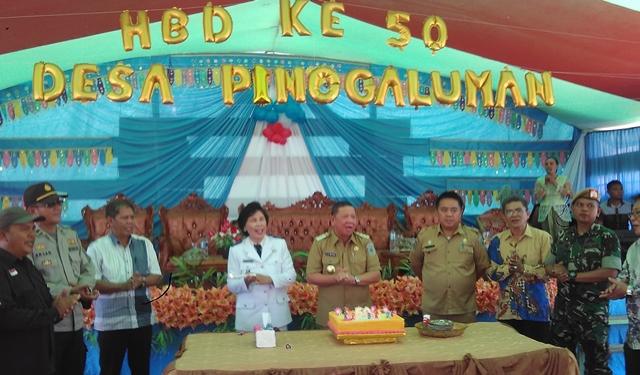 Suasana HUT ke 50 Desa Pinogaluman yag dihadiri Penjabat Bupati Adrianus Nixon Watung