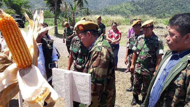 Yon Armed Bogani Bolmong Panen Raya Jagung