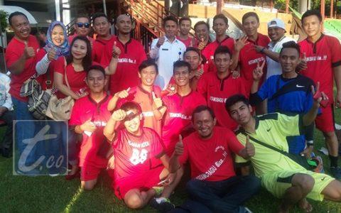 TIm Kawan Kota bersama Sekkot Kotamobagu Tahlis dan  tim offisial usai mengalahkan Persmin 2-0 Rabu (7/9/2016)