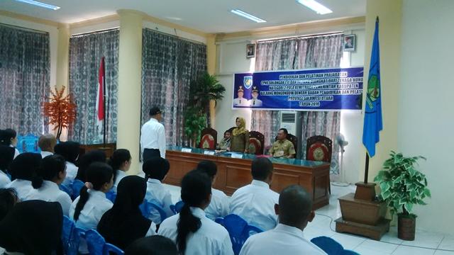 Pemkab Bolmong Serahkan SK Untuk 247 CPNS