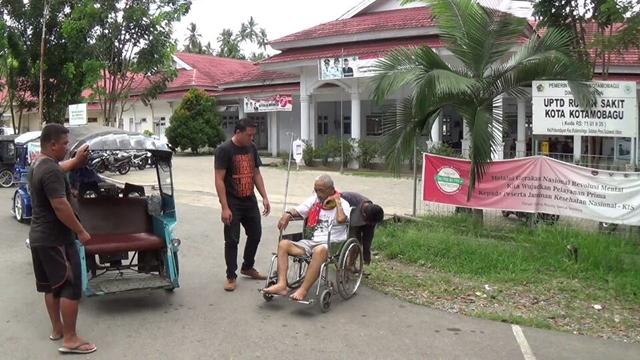 Kakek 63 Tahun Terpaksa Pulang dari Rumah Sakit Kotamobagu Dengan Sedih