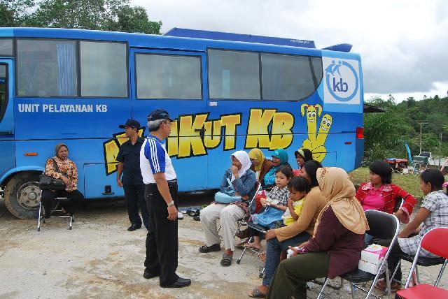 Pemkab Bolmong Tingkat Program KB Keliling