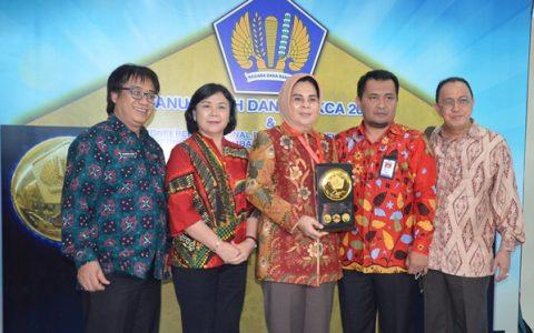 Pemkot Kotamobagu Terima Anugerah Dana Rakca 2016 Dari Presiden RI