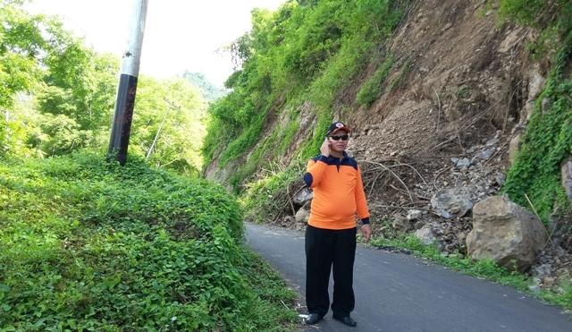 Jalur Pindol Kembali Longsor