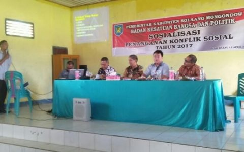 Kesbangpol Bolmong Sosialisasi Penanganan Konflik Sosial