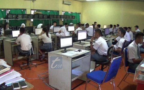 Siswa Peserta Ujian Nasional di Kotamobagu Terima Materi Ujian Yang Janggal