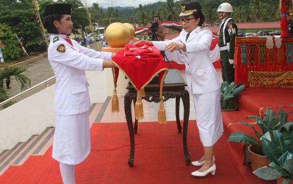Bupati dan Wakil Bupati Bolmong Gantian Jadi Irup di Upacara HUT RI ke 72