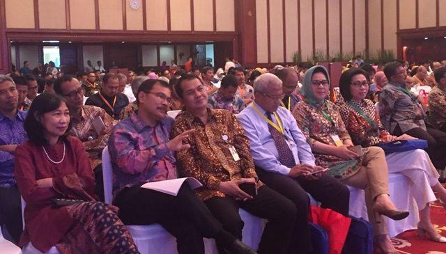 Walikota Kotamobagu Hadiri Seminar Nasional Peringatan Hari Oeang Ke-71