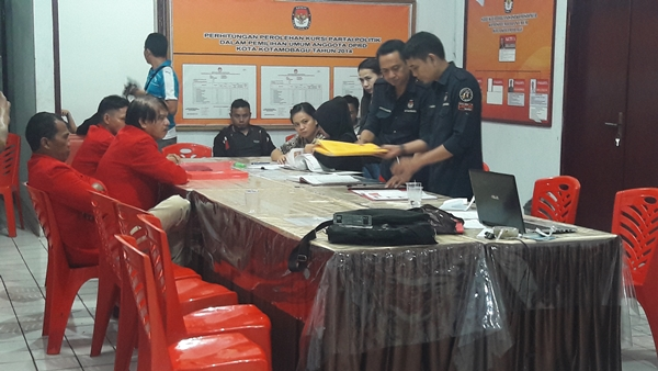 16 Parpol Resmi Mendaftar di KPUD Kotamobagu