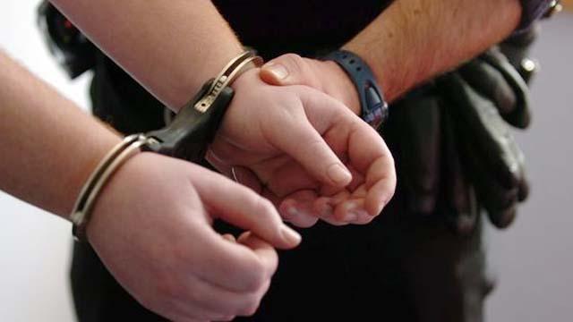 Dua Pemalsu Tanda Tangan Untuk Dukungan Pasangan Independen Ditahan Polisi