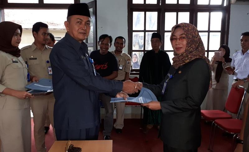 Walikota Tatong Bara Tunjuk Dua Plt Isi Jabatan Kosong
