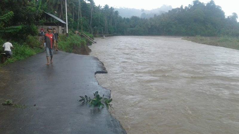 Jalan Amblas, BPBD Bolmong Kerahkan Alat Berat Buka Akses Jalan Darurat