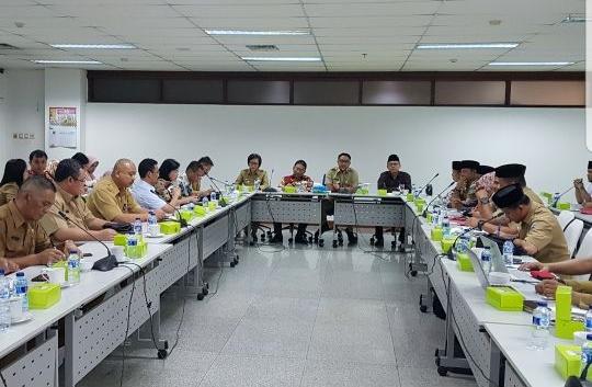 Bupati Bolmong Protes dan Tolak Keputusan Pihak Kemendagri Soal Royalti