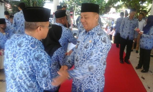 Muhamad Rudi Mokoginta Pimpin Apel Korpri Perdana