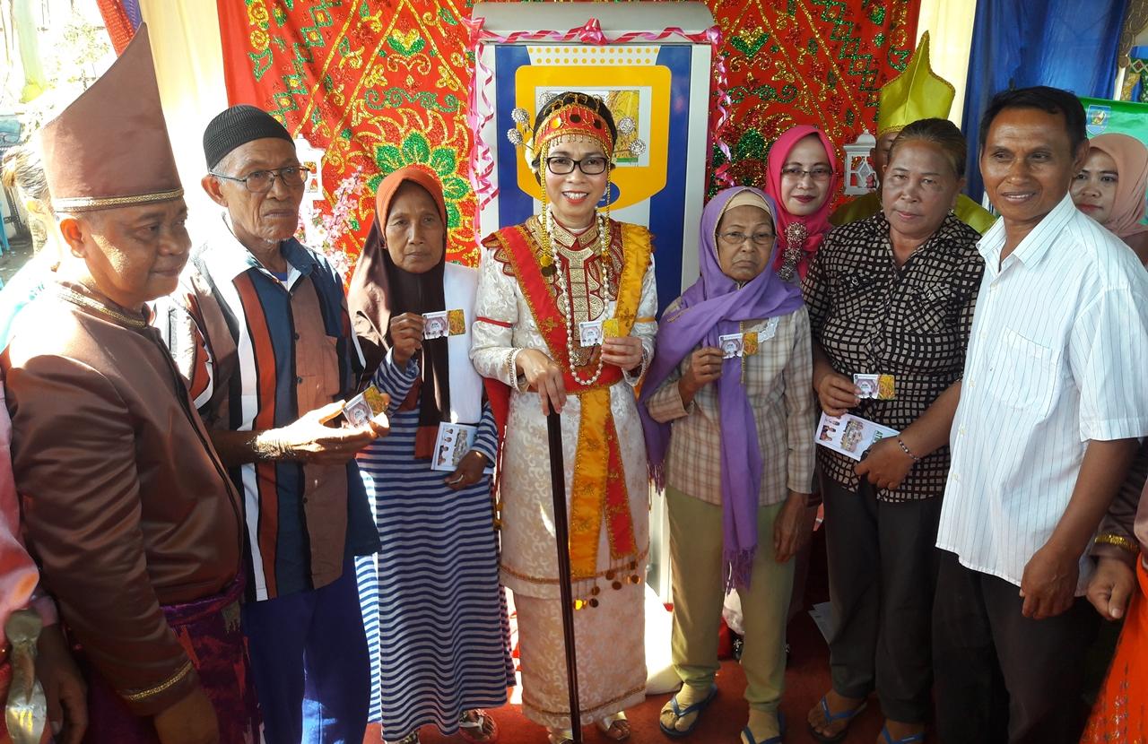 Bupati Bolmong Luncurkan ATM Beras di HUT Kabupaten