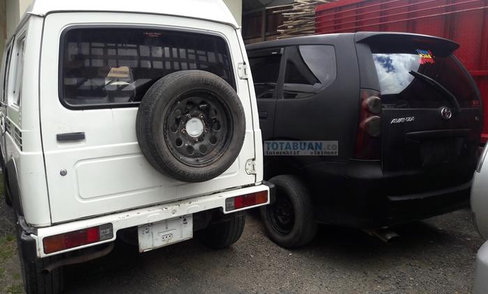 Inilah Tiga Unit Mobil Milik Pemkab Bolmong Yang Ditarik Secara Paksa