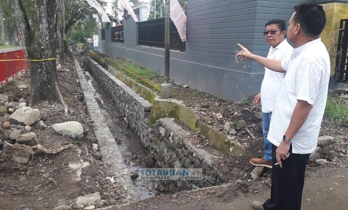 DPRD Kotamobagu Sorot Proyek Drainase di Jalan Paloko Kinalang