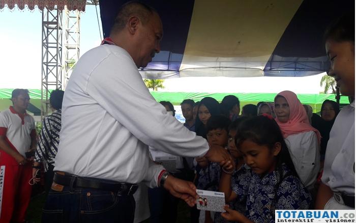 Empat Ribu Lebih Siswa di Kotamobagu Dapat Buku Tabungan Indonesia Pintar