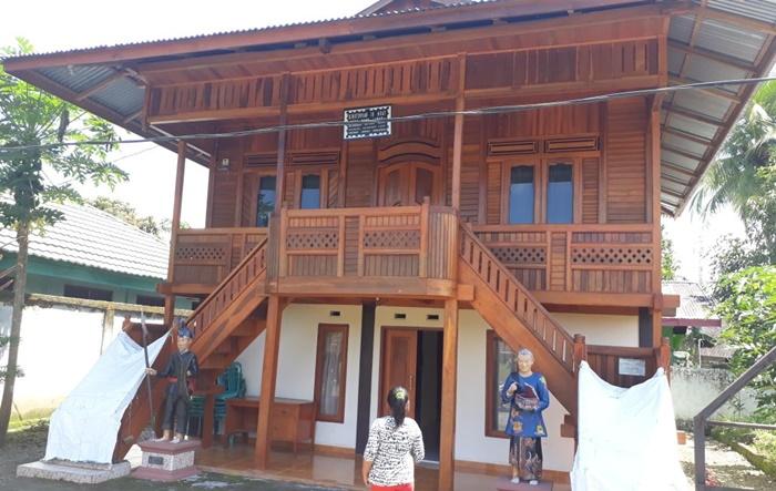 Rumah Kinuyungan In Adat Sejarah Budaya Mongondow di Kota Kotamobagu