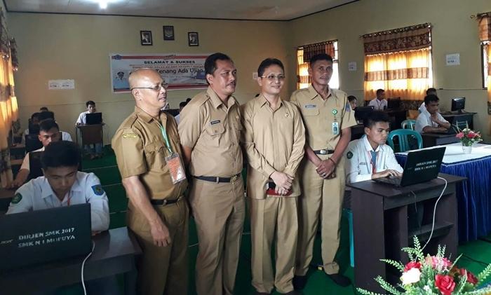 Di Bolmong Telekonfrensi Pembukaan UNBK Dilaksanakan di SMK 1 Mopuya