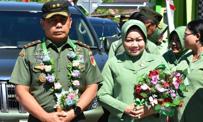 Mayjen TNI Madsuni Tutup Kegiatan TMMD di Desa Pakuku Jaya Bolsel