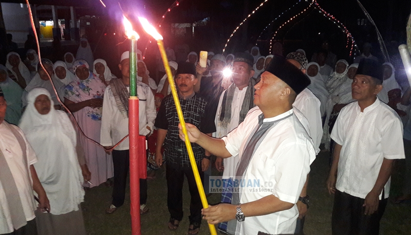 Walikota Kotamobagu Buka Acara Malam Pasang Lampu