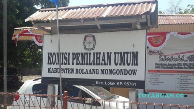 KPU Bolmong Terima LADK dari 12 Parpol Peserta Pemilu 2019