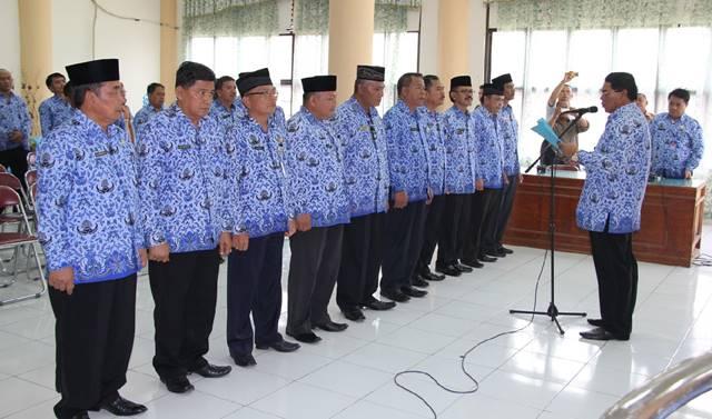 Bupati Lantik Tim Pengendali Infasi Daerah