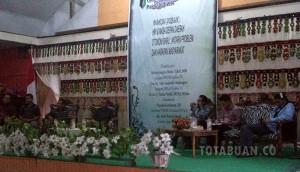 Suasana dialogo nampak terlihat Bupati boltim Sehan Lnadjar dan anggota DPR RI Aditya Anugerah Moha