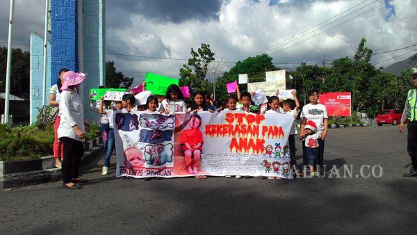100 Anak di Kotamobagu Kampanyekan Anti Kekerasan