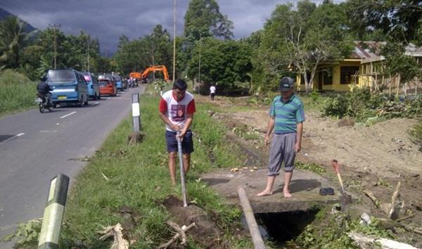 Warga Moyag Berencana 'Hentikan' Proyek Pelebaran Jalan
