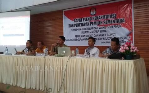 Rapat pleno Rekaputulasi DPS KPU Bolsel