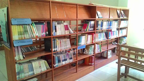 Minat Pembaca di Kantor Perpustakaan Kotamobagu Menurun