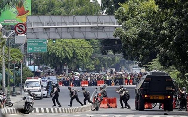 Usai 'Tersandera' Teror Bom, Hari ini IHSG Diprediksi Menguat