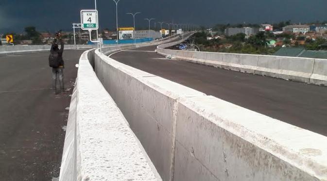 Tender Proyek Jalan dan Jembatan Pakai Rupiah