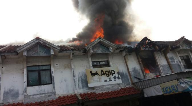 Kebakaran Melanda Pasar Baru Bekasi