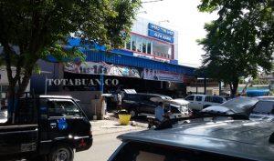Toko Alfa Baru yang berada di Jalan Adampe Dolot Kotamobagu
